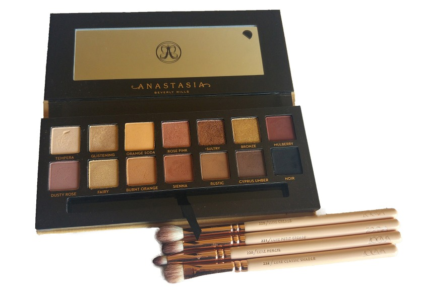 Review, Swatches, Demo: Anastasia Soft Glam